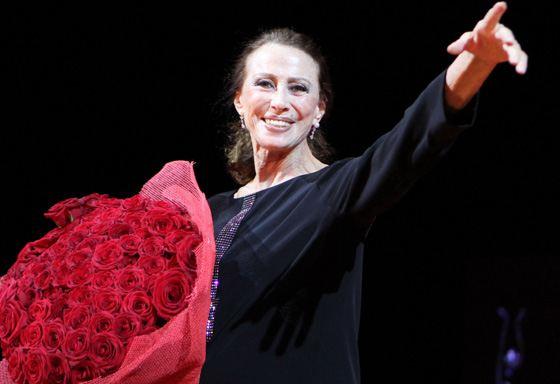 Ballet dancer Maya Plisetskaya gained world fame