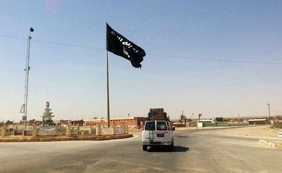 ИГИЛ обещает купить ядерное оружие в течение года