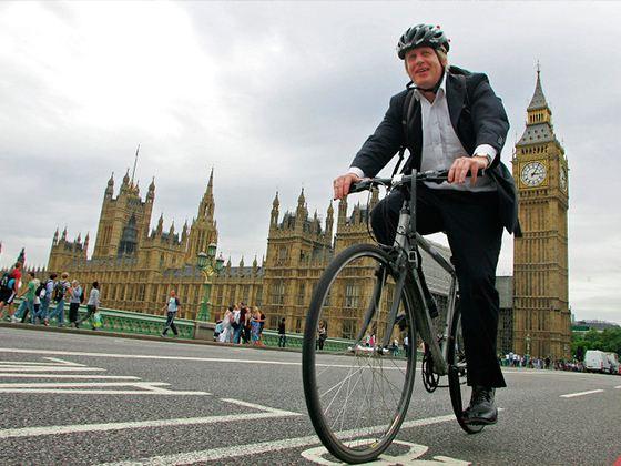 Мэр Лондона объявил велосипед главным видом транспорта