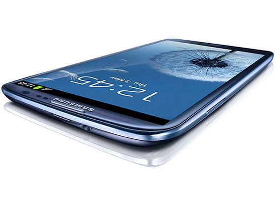 Samsung представила смартфон Galaxy S III