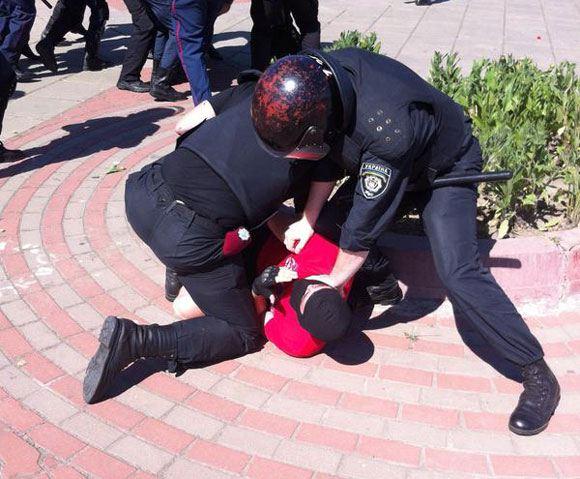 Detention of violators at a gay parade in Kiev