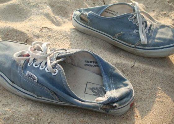 Стоптанные ботинки выглядят непрезентабельно