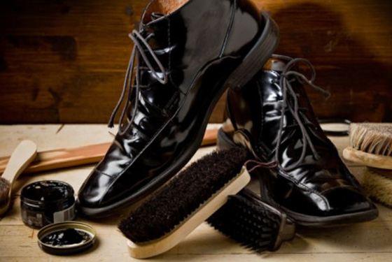 Обувь лучше покрывать кремом с вечера