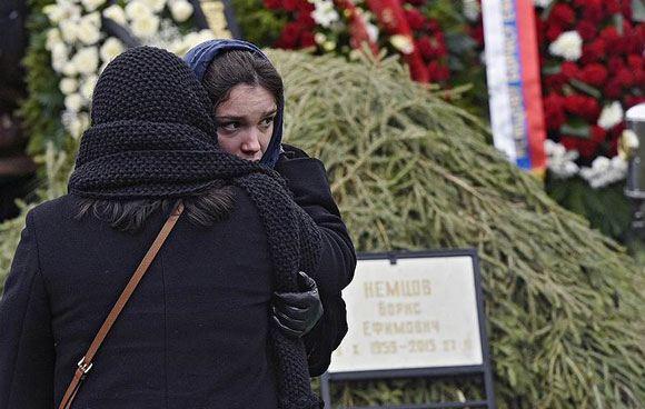 Дочь Бориса Немцова на месте его гибели