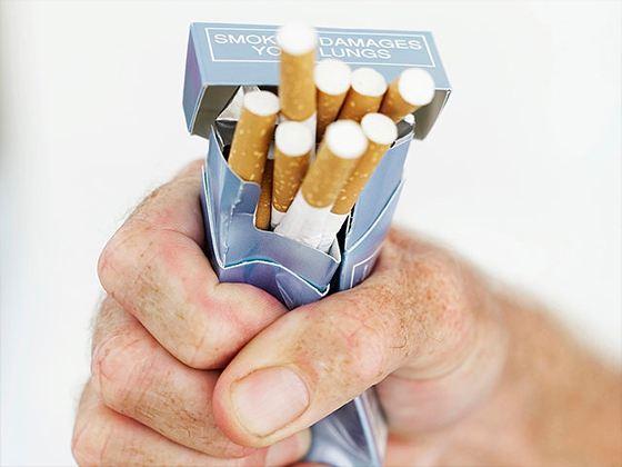 В России начинается жёсткая борьба с курильщиками