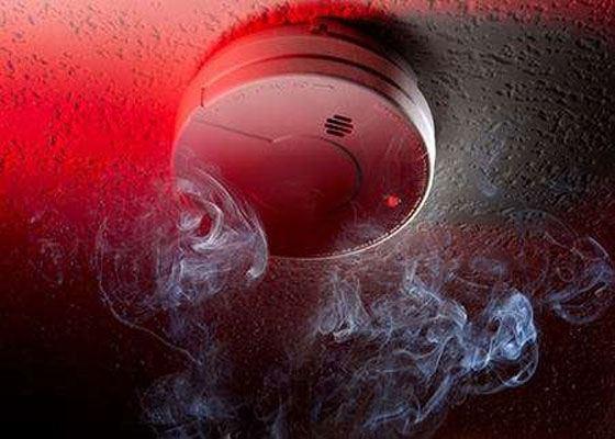 При проведении строительных работ, от застройщика требуется уделить особое внимание пожарной безопасности