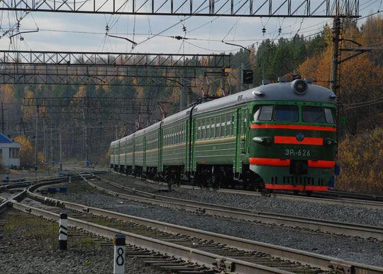 Железнодорожное сообщение с Оренбургом появилось почти сразу после его основания