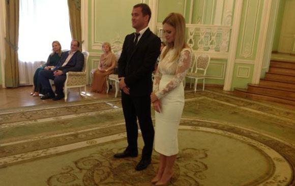 Александр Кержаков женился на Милане Тюльпановой