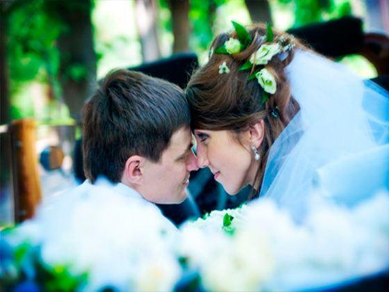 Ранние браки, по мнению психологов, способны излечивать от многих психических расстройств