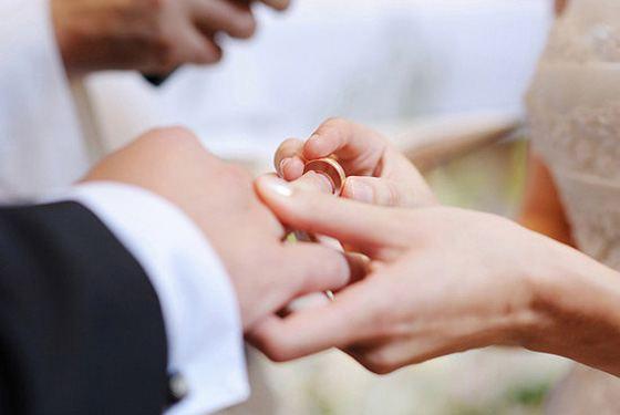 Все больше молодожен задумывается о брачном контракте