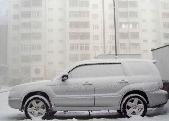 Большая часть российских водителей сталкивается с «обледенением» машины практически раз в день в протяжении всей зимы