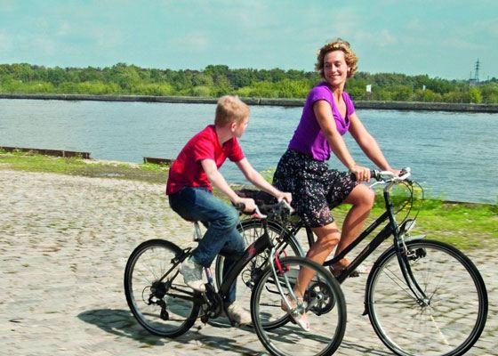 На протяжении многих лет большой популярностью во всем мире пользуются велосипеды.