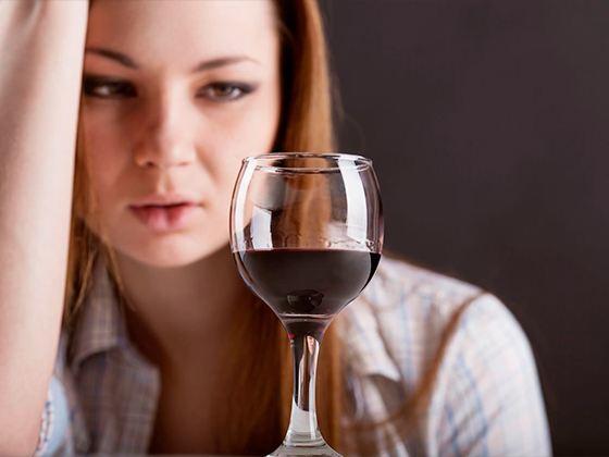 Для многих людей зависимость от алкоголя и наркомания являются истинной проблемой