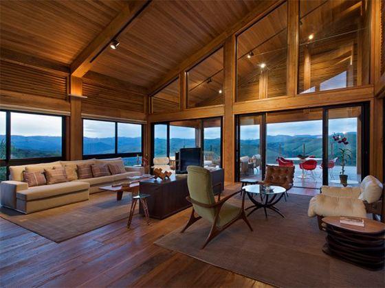Теплый, уютный и спокойный загородный дом - это мечта почти каждого жителя мегаполиса