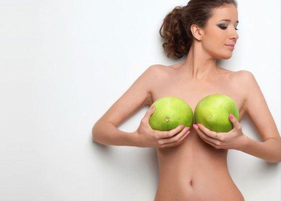 Девушка с маленькой грудью но с такой попкой
