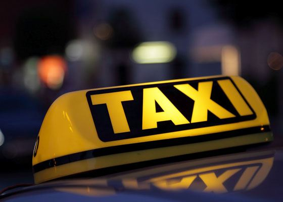 Такси – это великолепная возможность сэкономить время в условиях бешеного ритма города