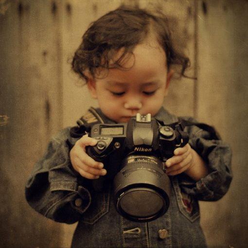Профессиональный детский фотограф подберет особый подход к ребенку
