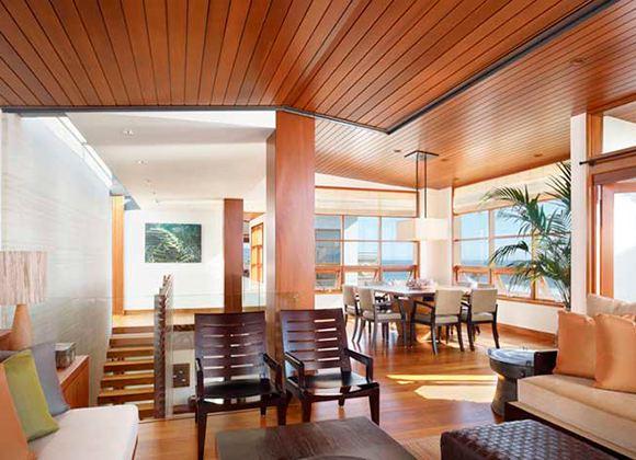 Обладателям своего дома возможно самостоятельно создать уникальный стиль в комнатах своего жилища
