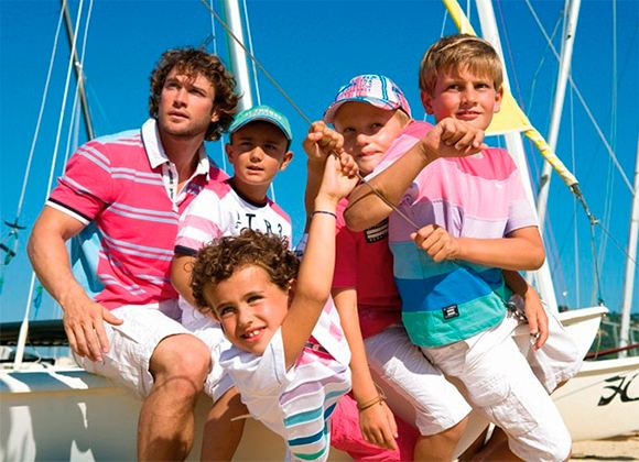 Прогулки на катерах или яхтах для каждого малыша всегда становятся незабываемыми