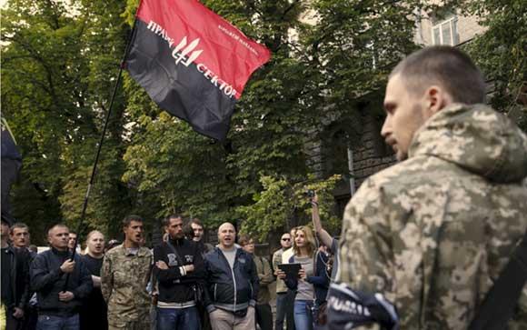 Боевики «Правого сектора» устроили перестрелку в городе Мукачево
