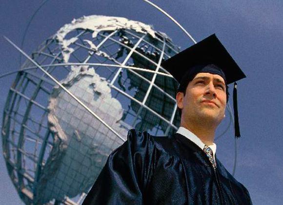 Дипломы и сертификаты об образовании станут пропуском в престижную фирму в США или любой стране Европы