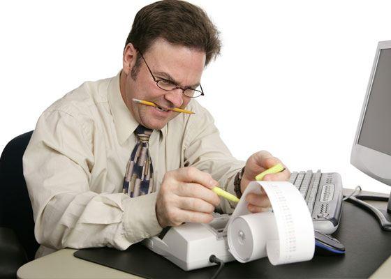 Бухгалтерское обслуживание заключается в частичной или полной передаче бухгалтерии организации извне