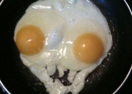 Яйца смотрят на Вас