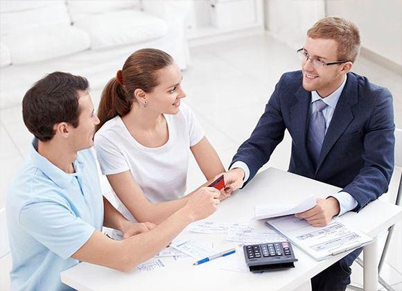 Помощь специалистов в продаже жилья позволит заключить сделку с учетом интересов обоих сторон