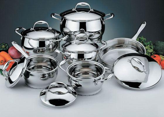 Большое внимание стоит уделить кухонной утвари для того, чтобы пребывание на кухне превратилось из обычной готовки в настоящее творчество