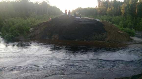 Участок трассы Тюмень – Ханты-Мансийск смыло из-за дождя