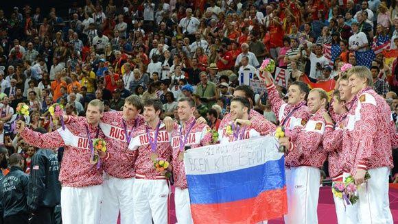 ФИБА отстранила почти все российские баскетбольные сборные от международных турниров