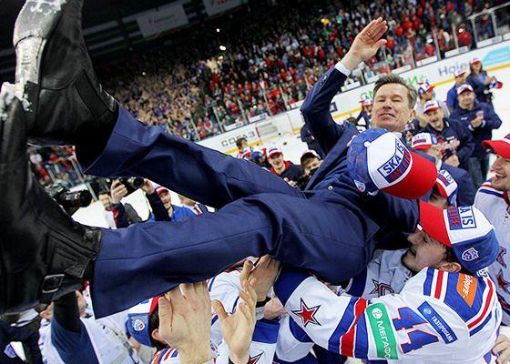 SKA coach Vyacheslav Bykov in the season 14/15