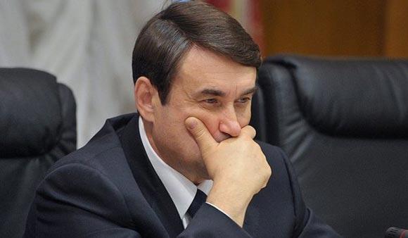 Игорь Левитин предлагает перенести первый день учебы на 15 сентября