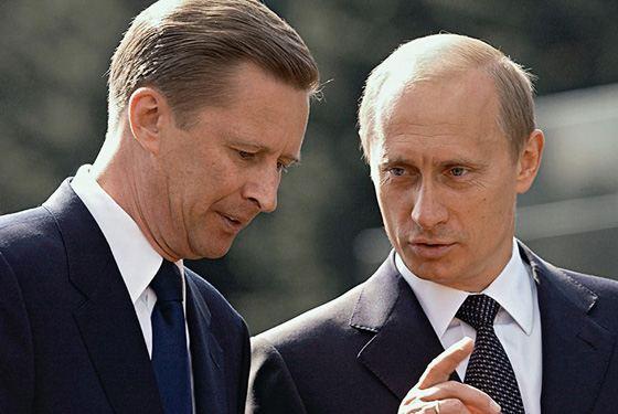 Сергей Иванов и Владимир Путин вместе служили в КГБ
