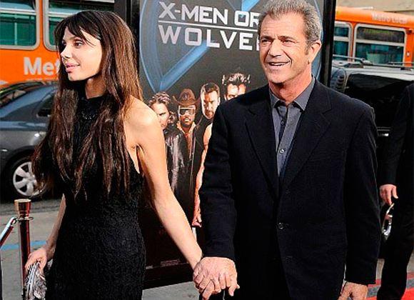 In the photo: Mel Gibson and Oksana Grigorieva