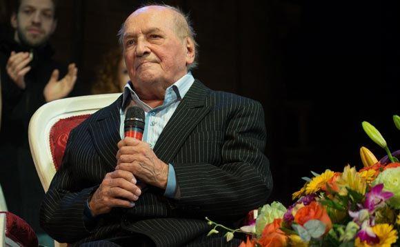 В Москве на 84-м году жизни скончался актер Лев Дуров
