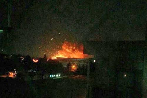 Ряд взрывов прогремел на американской военной базе под Токио