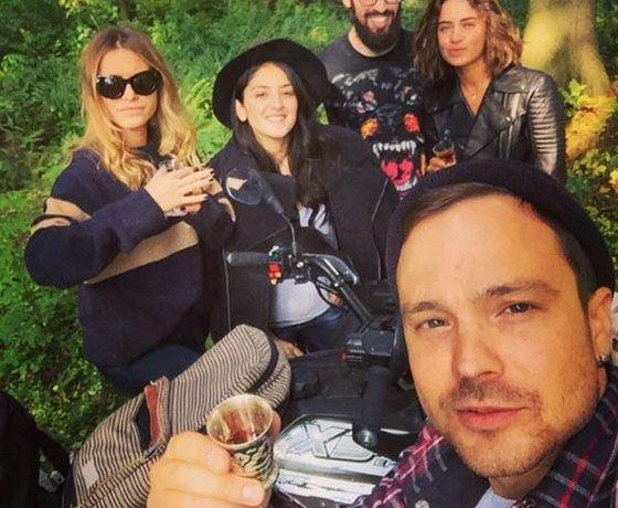 Алексей с друзьями на отдыхе