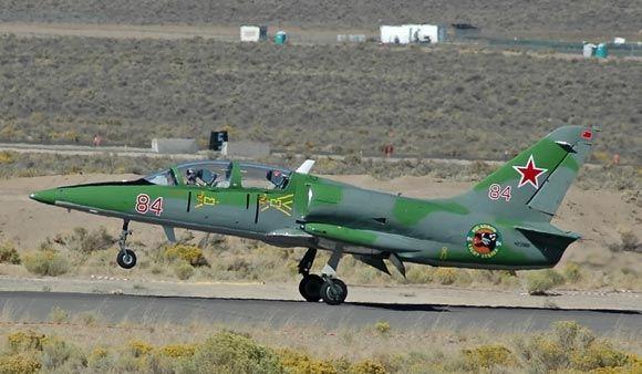 Самолет L-39 рухнул в ходе американского авиашоу в штате Теннесси