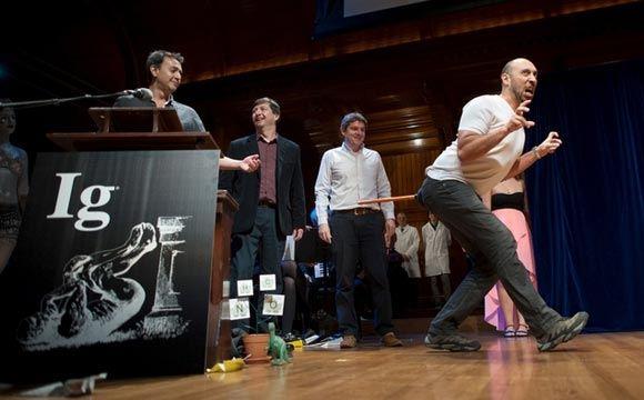 В США вручили пародийную Шнобелевскую премию