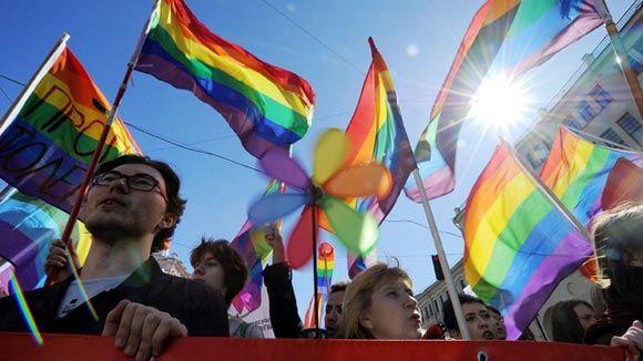 «Вконтакте» могут заблокировать из-за ЛГБТ-сообществ