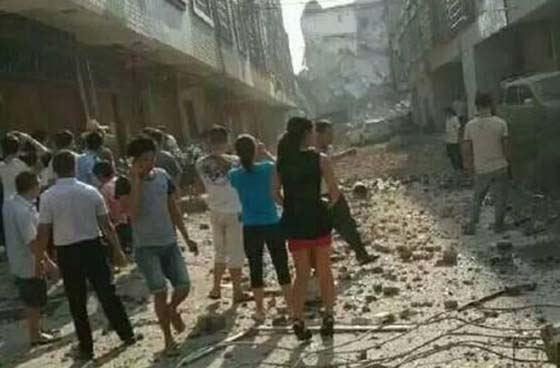 В китайском городе Лючэне прогремело несколько мощных взрывов десятки пострадавших