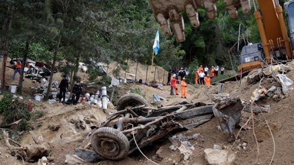 Число погибших под оползнем в Гватемале превысило 100 человек