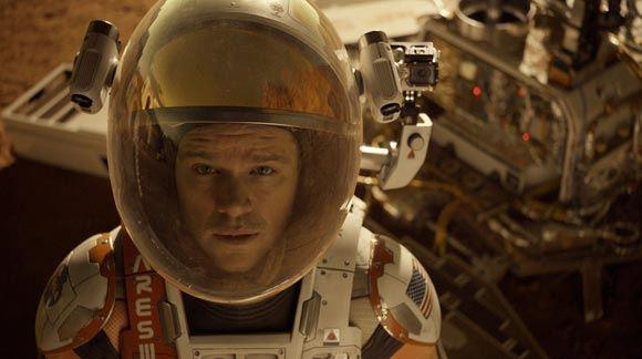 Фильм «Марсианин» стал лидером проката в США и Канаде