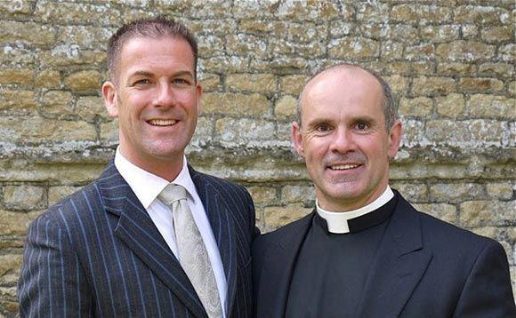 В Британии избрали в синод Церкви состоящего в гей-браке священника