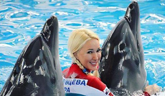 На шоу «Вместе с дельфинами»