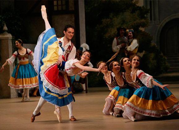 Спектакль «Коппелия» вызвал восторженные крики публики и позитивные отзывы критиков.