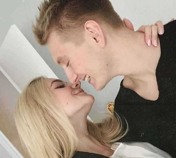 Елизавета Пескова помолвилась со своим избранником