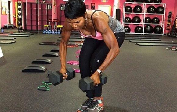 63-летняя Эллен Эктор прославилась, став фитнес-тренером