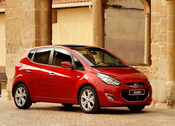 Если дама мечтает ездить на внедорожнике, ей стоит обратить внимание на Hyundai ix20